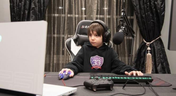 कम्प्युटर गेमः आठ वर्षीय जोसेफ बने 'फोर्टनाइट'का कान्छा व्यावसायिक खेलाडी